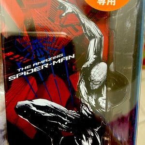 NWT Marvel The Amazing Spider-Man iPhone5 case.